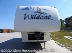 Used 2007  Forest River Wildcat 27RL SE by Forest River from Giant Recreation World, Inc. in Winter Garden, FL