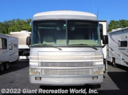 Used 1998  Fleetwood Pace Arrow VISION 36 by Fleetwood from Giant Recreation World, Inc. in Winter Garden, FL