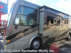 Used 2011  Tiffin  Breeze 32BR by Tiffin from Giant Recreation World, Inc. in Winter Garden, FL
