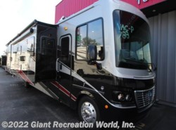 New 2018  Holiday Rambler Vacationer 35P by Holiday Rambler from Giant Recreation World, Inc. in Winter Garden, FL