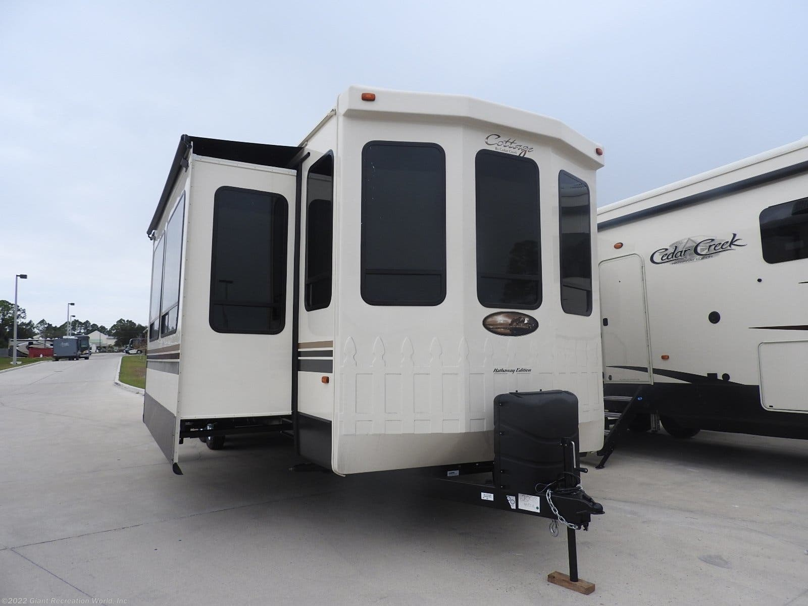 Outstanding 2019 Miscellaneous Rv Cedar Creek Cottage For Sale In Winter Home Interior And Landscaping Spoatsignezvosmurscom