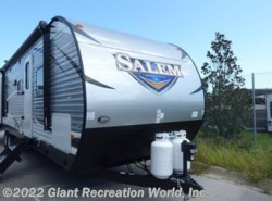 New 2018  Forest River Salem 31KQBTS by Forest River from Giant Recreation World, Inc. in Ormond Beach, FL