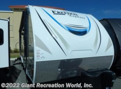 New 2018  Coachmen Freedom Express 287BHDS by Coachmen from Giant Recreation World, Inc. in Ormond Beach, FL