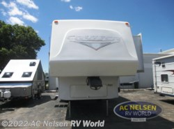 Used 2008  CrossRoads Cruiser CF29CK by CrossRoads from AC Nelsen RV World in Omaha, NE