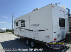 Used 2015  Rockwood  Ultra-Lite 2304S by Rockwood from AC Nelsen RV World in Omaha, NE