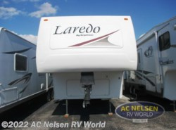 Used 2005  Keystone Laredo 29BH by Keystone from AC Nelsen RV World in Omaha, NE