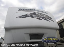 Used 2009  Keystone Montana 3400 RL by Keystone from AC Nelsen RV World in Omaha, NE
