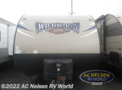 Used 2017  Forest River Wildwood X-Lite 171RBXL by Forest River from AC Nelsen RV World in Omaha, NE