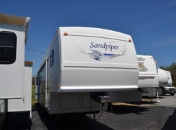 Used 2002  Forest River Sandpiper 30RLSS by Forest River from Delmarva RV Center in Milford, DE