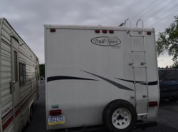 Used 2006  R-Vision Trail-Lite 27FQ by R-Vision from Delmarva RV Center in Seaford in Seaford, DE