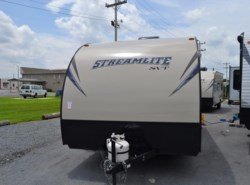 New 2016  Gulf Stream StreamLite 19FMB by Gulf Stream from Delmarva RV Center in Milford, DE
