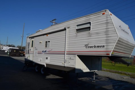 2005 Coachmen Spirit of America 526RLS