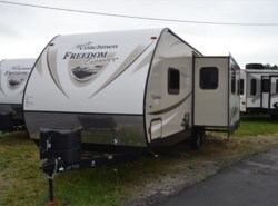 New 2017  Coachmen Freedom Express SE 28.1 by Coachmen from Delmarva RV Center in Milford, DE