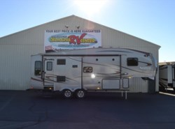 Used 2015  Palomino Sabre Silhouette 284 RSKS by Palomino from Delmarva RV Center in Milford, DE