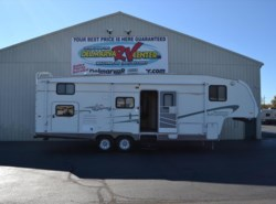 Used 2004  Fleetwood Advantage 2952BS by Fleetwood from Delmarva RV Center in Milford, DE