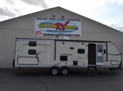 Used 2015  Coachmen Catalina 303BHS by Coachmen from Delmarva RV Center in Milford, DE