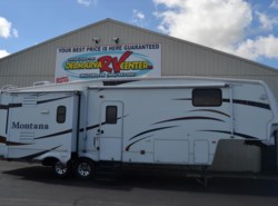 Used 2008  Keystone Montana 3075RL by Keystone from Delmarva RV Center in Milford, DE