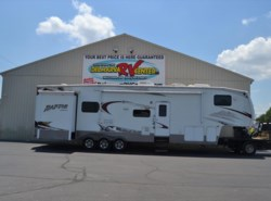 Used 2009  Keystone Raptor 3602RL