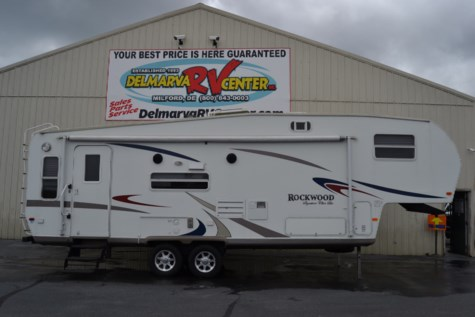 2007 Forest River Rockwood Signature Ultra Lite 8283SS