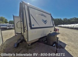 New 2017  Forest River Flagstaff Shamrock 23IKSS by Forest River from Gillette's Interstate RV, Inc. in East Lansing, MI