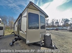 New 2017  Forest River Salem Villa Classic 39FDEN by Forest River from Gillette's Interstate RV, Inc. in East Lansing, MI