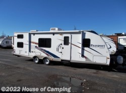 Used 2009  Keystone Passport Ultra Lite 280BH by Keystone from House of Camping in Bridgeview, IL