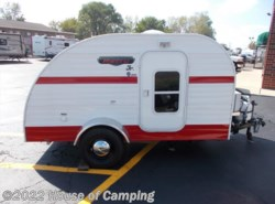 Used 2016  Riverside RV White Water Retro 509 RETRO JR by Riverside RV from House of Camping in Bridgeview, IL