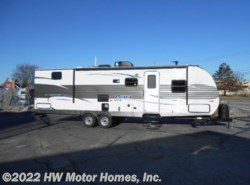 New 2017  Palomino Puma XLE 30 DBSC by Palomino from HW Motor Homes, Inc. in Canton, MI