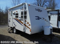 Used 2009  R-Vision Trail-Lite Crossover TLX160BH - Front Dinette by R-Vision from HW Motor Homes, Inc. in Canton, MI
