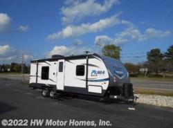 New 2018  Palomino Puma XLE 23 FBC by Palomino from HW Motor Homes, Inc. in Canton, MI