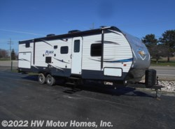 New 2018  Palomino Puma XLE 30 DBSC by Palomino from HW Motor Homes, Inc. in Canton, MI