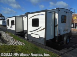 New 2018  Palomino Puma 30FKSS by Palomino from HW Motor Homes, Inc. in Canton, MI