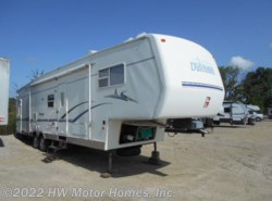 Used 2003 Dutchmen Classic 35 SRV available in Canton, Michigan