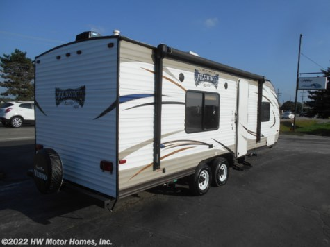 2016 Forest River Wildwood X-Lite 241QBXL