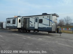 New 2019 Palomino Puma 38RLQ available in Canton, Michigan