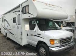 Used 2007  Winnebago Access 31C by Winnebago from I-35 RV Center in Denton, TX