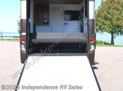 Used 2012  Newmar Canyon Star 3920 by Newmar from Independence RV Sales in Winter Garden, FL