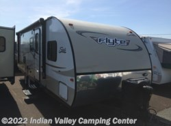 Used 2014  Coachmen Shasta 265DB  Flyte by Coachmen from Indian Valley Camping Center in Souderton, PA