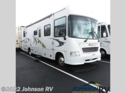 Used 2007  Gulf Stream Independence 8330 by Gulf Stream from Johnson RV in Sandy, OR