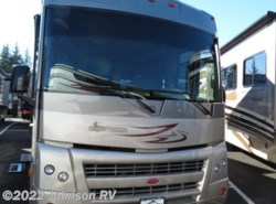 Used 2010  Winnebago  31E by Winnebago from Johnson RV in Sandy, OR