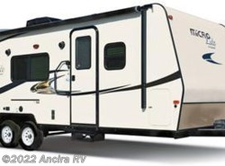 Used 2015  Forest River Flagstaff Micro Lite 21FBRS by Forest River from Ancira RV in Boerne, TX