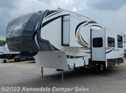 Used 2013  Forest River Wildcat eXtraLite 312BHX 33' by Forest River from Kennedale Camper Sales in Kennedale, TX