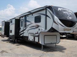 "Used 2015  Keystone Avalanche 390RB 39'8"" by Keystone from Kennedale Camper Sales in Kennedale, TX"