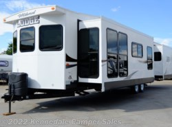Used 2015 Forest River Wildwood Lodge 394FKDS available in Kennedale, Texas