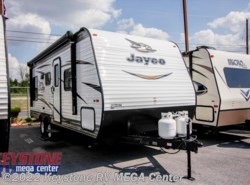 New 2018  Jayco Jay Flight SLX 212QB by Jayco from Keystone RV MEGA Center in Greencastle, PA