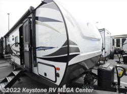 New 2018  Palomino Solaire 240BHS by Palomino from Keystone RV MEGA Center in Greencastle, PA