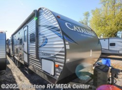 New 2018  Coachmen Catalina 323BHDSCKLE by Coachmen from Keystone RV MEGA Center in Greencastle, PA