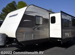 Used 2014  Gulf Stream Innsbruck 278DDS by Gulf Stream from Commonwealth RV in Ashland, VA