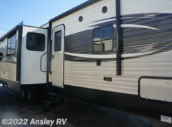 New 2017  Prime Time Avenger 32QBI by Prime Time from Ansley RV in Duncansville, PA