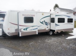 Used 2004  Keystone Montana Mountaineer 335RLBS by Keystone from Ansley RV in Duncansville, PA